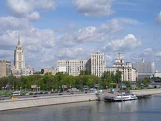 070 Мосты и виды Москвы.    175k