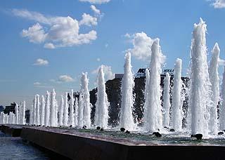 184 Центральный фонтан.  Centric fountain.  132k