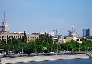 156 Мосты и виды Москвы.    120k