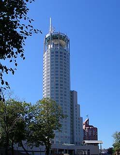 308  Комплекс «Riverside Towers».   179k
