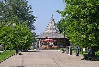 755 Парк искусств  Музеон.   300k
