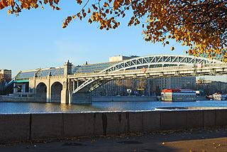 827 Андреевский пешеходный мост.   197k