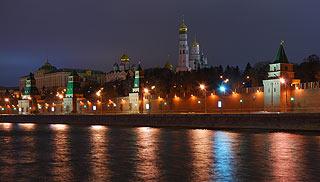881 Кремль. Вид с Софийской набережной.   133k