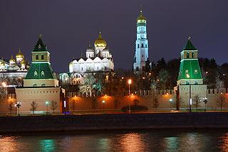 887 Кремль. Вид с Софийской набережной.   166k