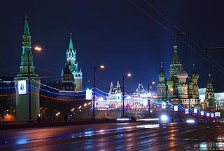 888 Кремль. Вид с Большого Москворецкого моста.   177k