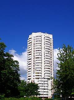 900 Башня на Рязанском проспекте неподалеку от бывшего кинотеатра Ташкент.   143k