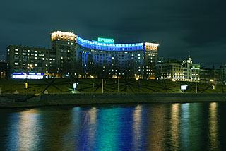 994 Гостиница Бородино.   124k