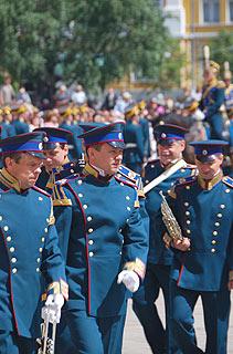 a243 Развод пеших и конных караулов на Соборной площади Кремля.     79k