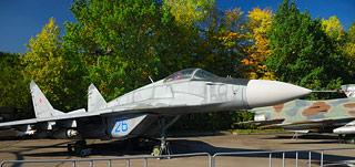 a553    Музей военной техники.      129k